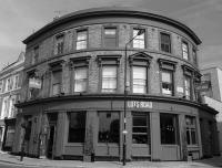 Lots Road Pub & Dining room - image 1